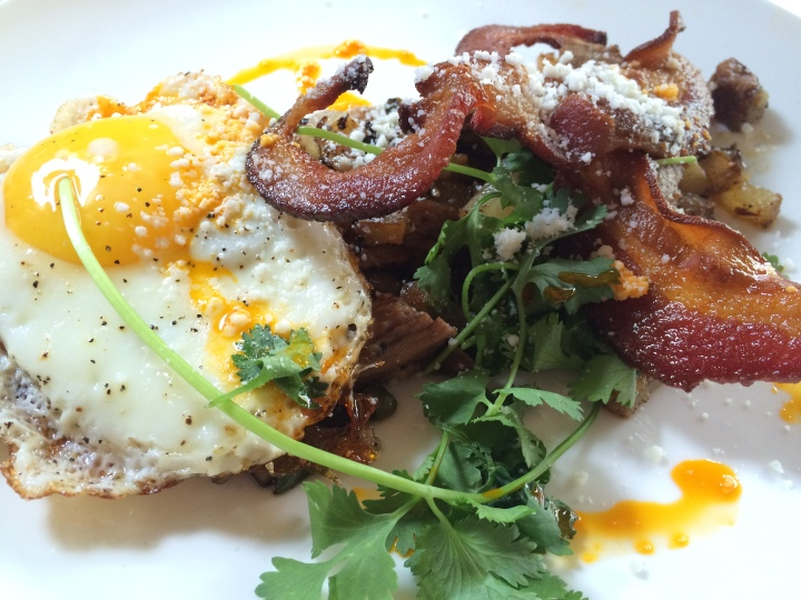 The Pittsburgh Food Diaries: Sunday Brunch at Round CornerCantina.